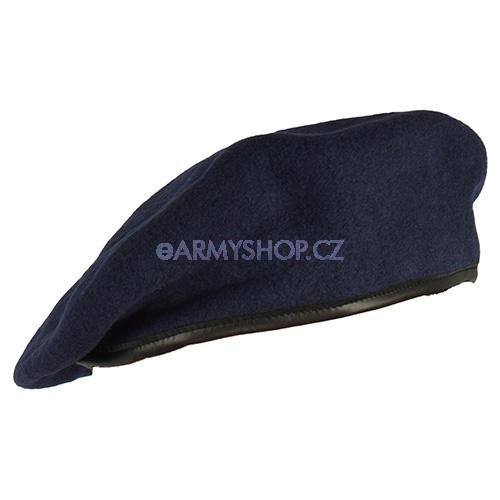 baret barevný nový - tmavě modrý 62-63 baret tmavě modrý originál používaný AČR baret má kožený okraj ve kterém je protažena šňůrka na ztažení složení: vrchní materiál 100%vlna